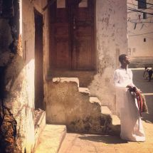 30 spotted the young zanzibarian on his way to the mosque