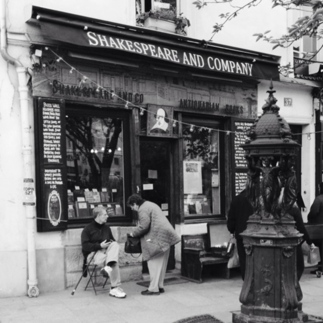 The most iconic bookstore of Paris