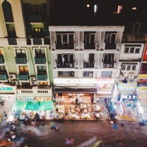 When the night are just starting in Khaosan Road
