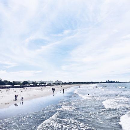 Garis pantai pulau seumadu